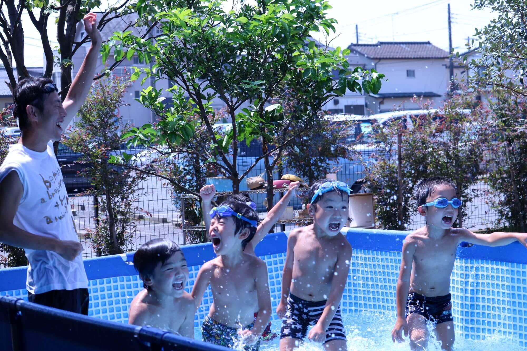 プール遊びの様子(写真は過去のもの)