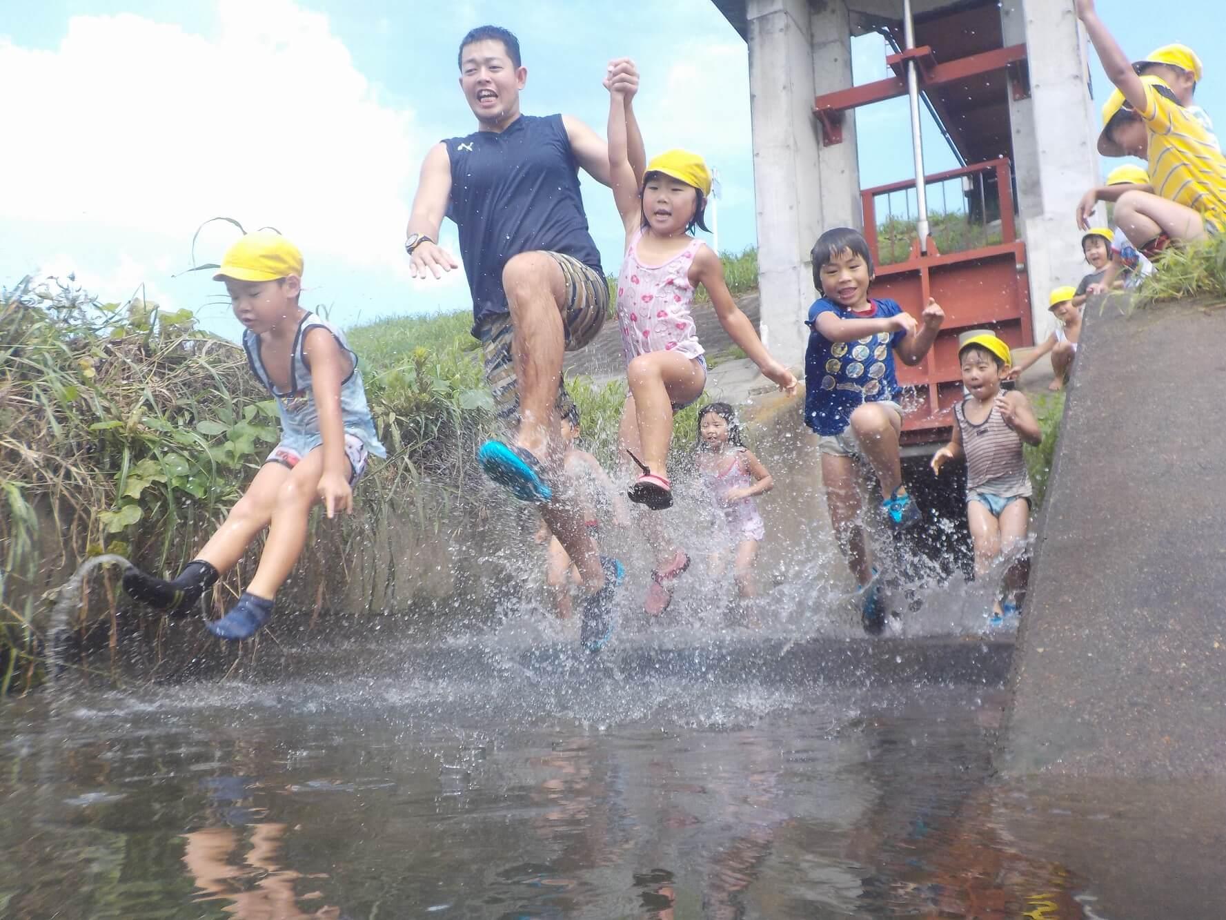 水遊びによる原体験は、子どもの財産に