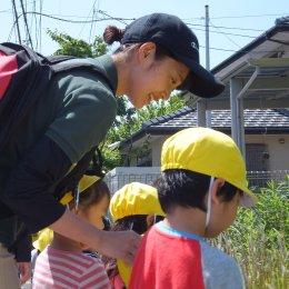 【職員インタビュー】 九州初のどろんこ保育園で、新人保育士が奮闘中!子どもたちが毎日笑顔で過ごせる保育を目指して