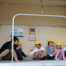 防災の意識を高めたいー鶴見どろんこ保育園で起震車による大地震体験