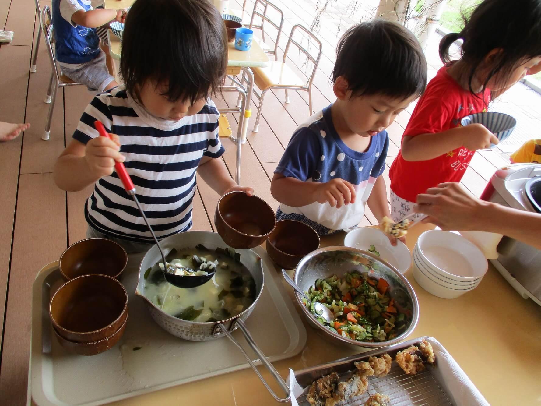 調理への参加が食べる意欲を育んでいる