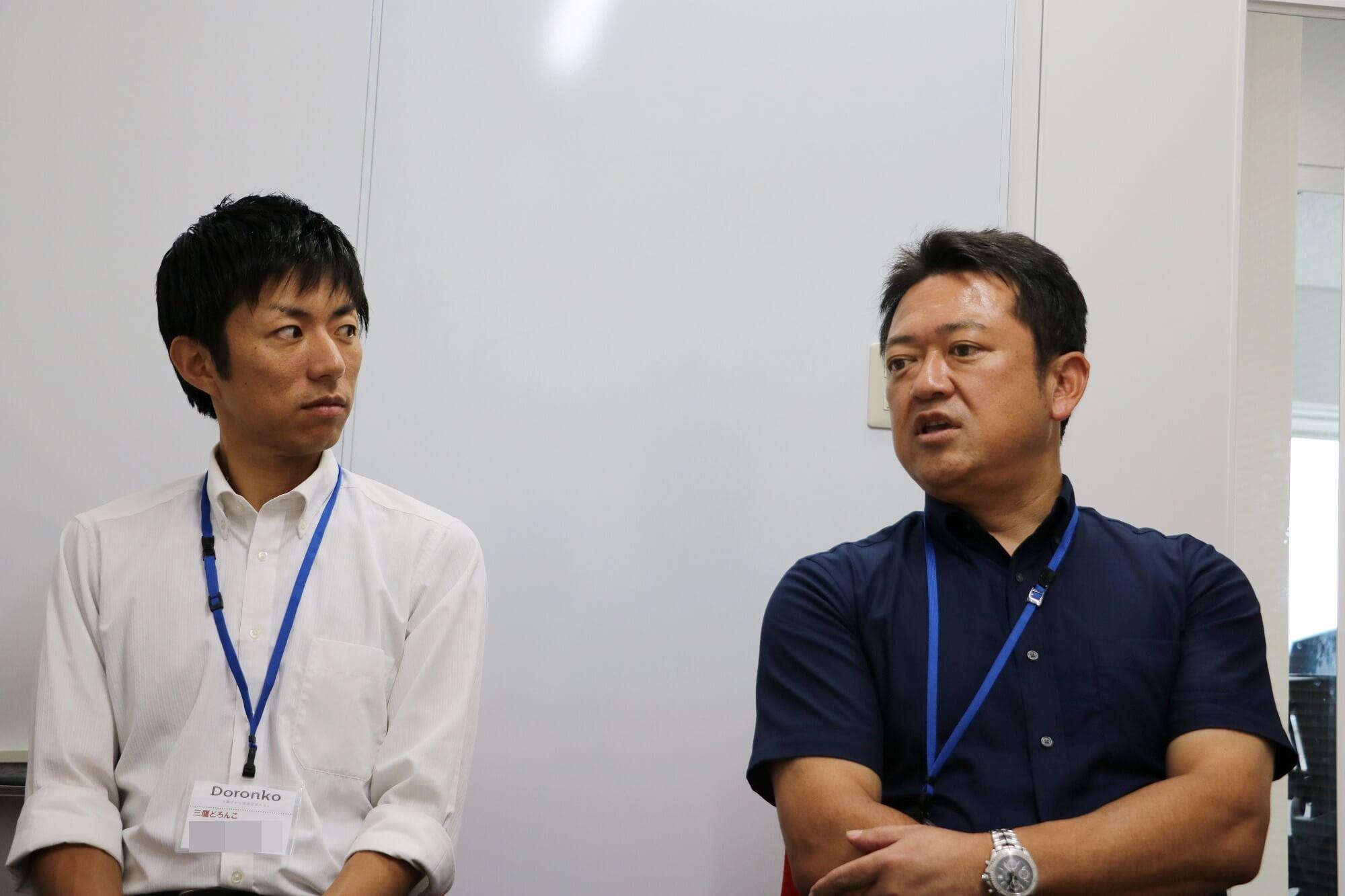 左:NPO出身の鈴木園長 右:教師出身の安井園長