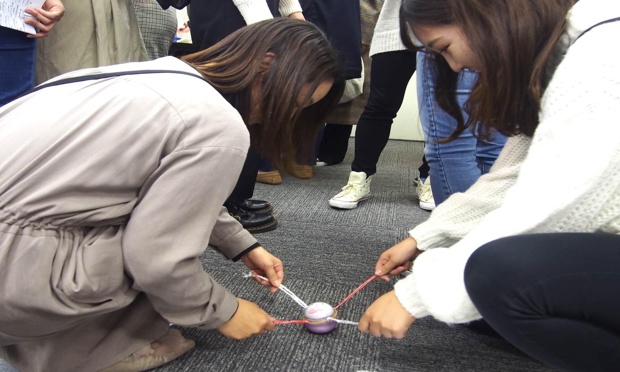 2人で協力する難しさと楽しさが学べるクレーンゲーム