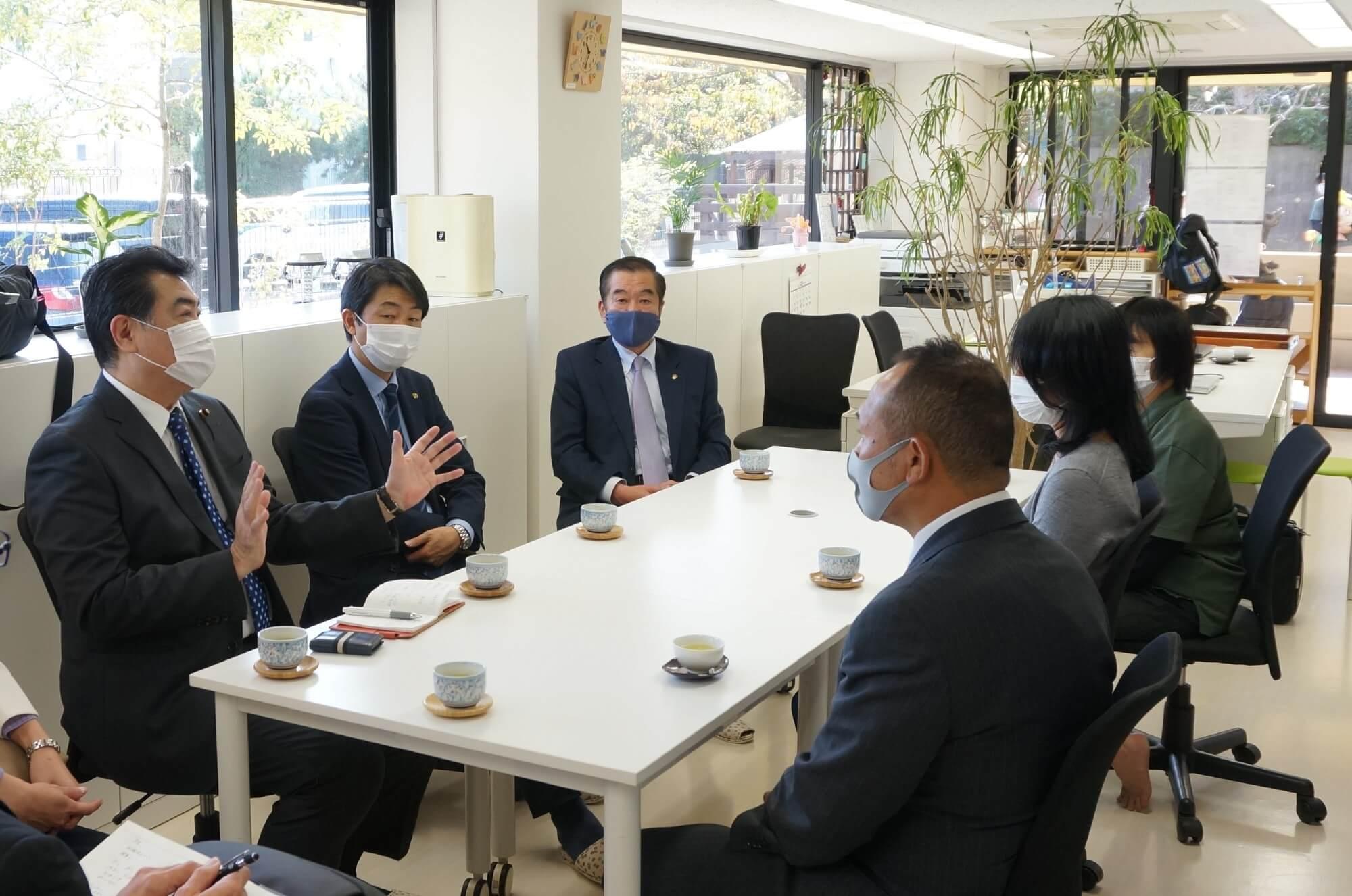 横浜市議との意見交換