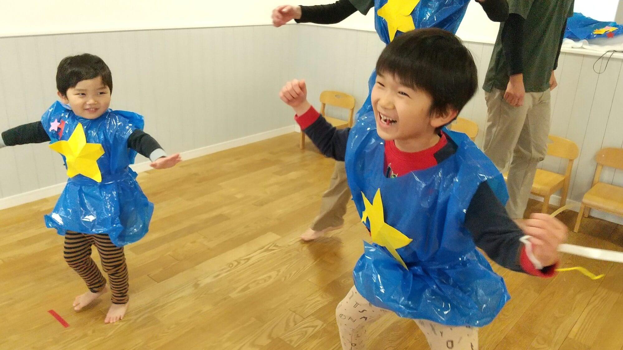 ダンスを楽しむ子ども