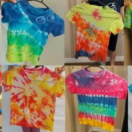 発達支援つむぎ阿佐ヶ谷5月体験学習「タイダイ染めでTシャツをつくろう」