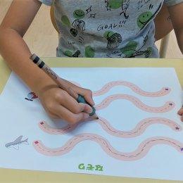 発達支援つむぎ 阿佐ヶ谷「正しい鉛筆の持ち方で楽しく文字を書けるようになろう!」