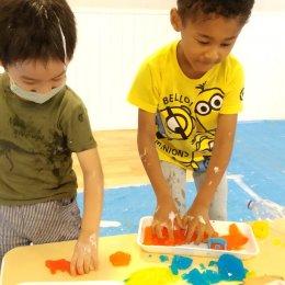 発達支援つむぎ 駒沢 9月体験学習「感覚遊びをしよう」