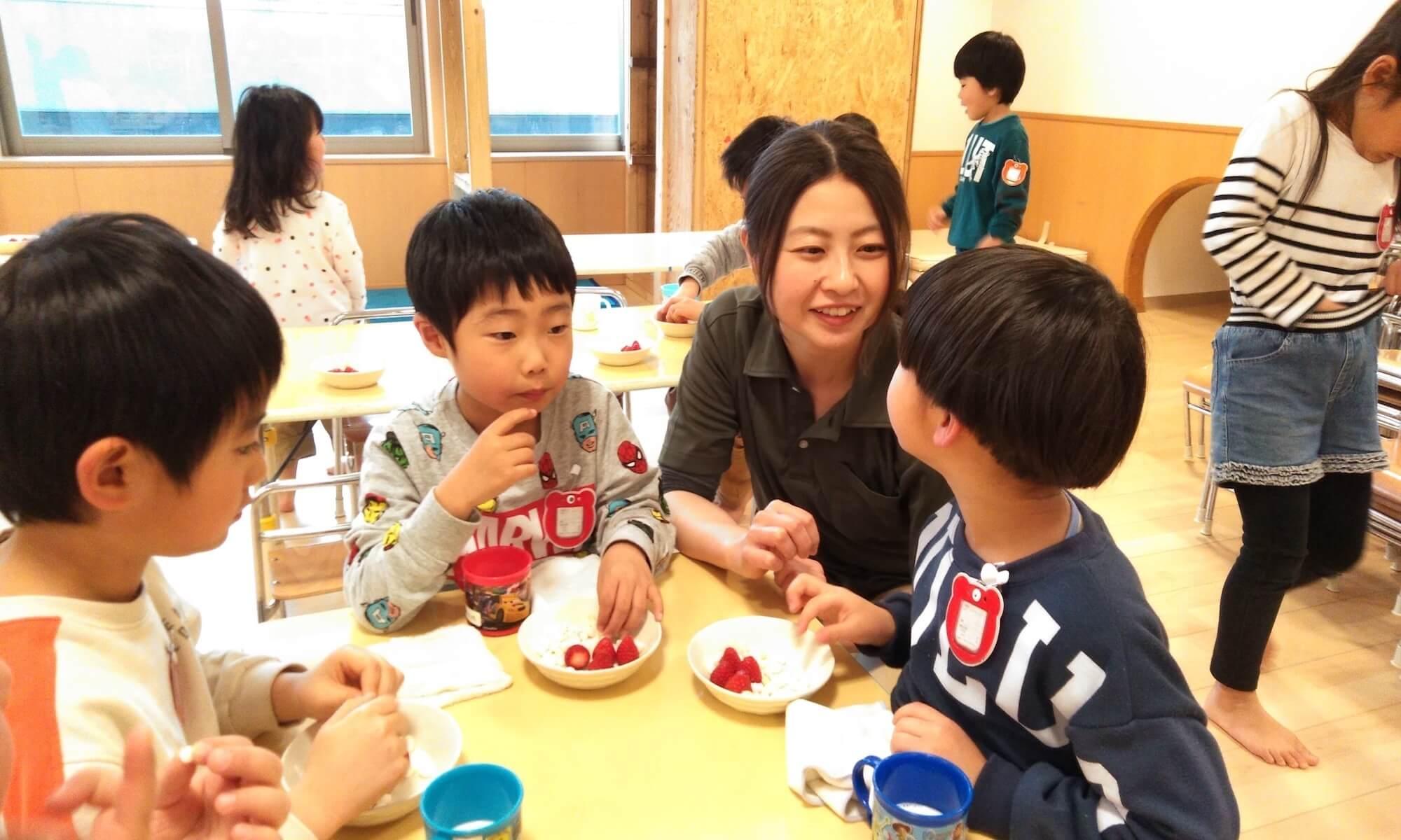 子どもとの触れ合いを大切にしている相澤さん